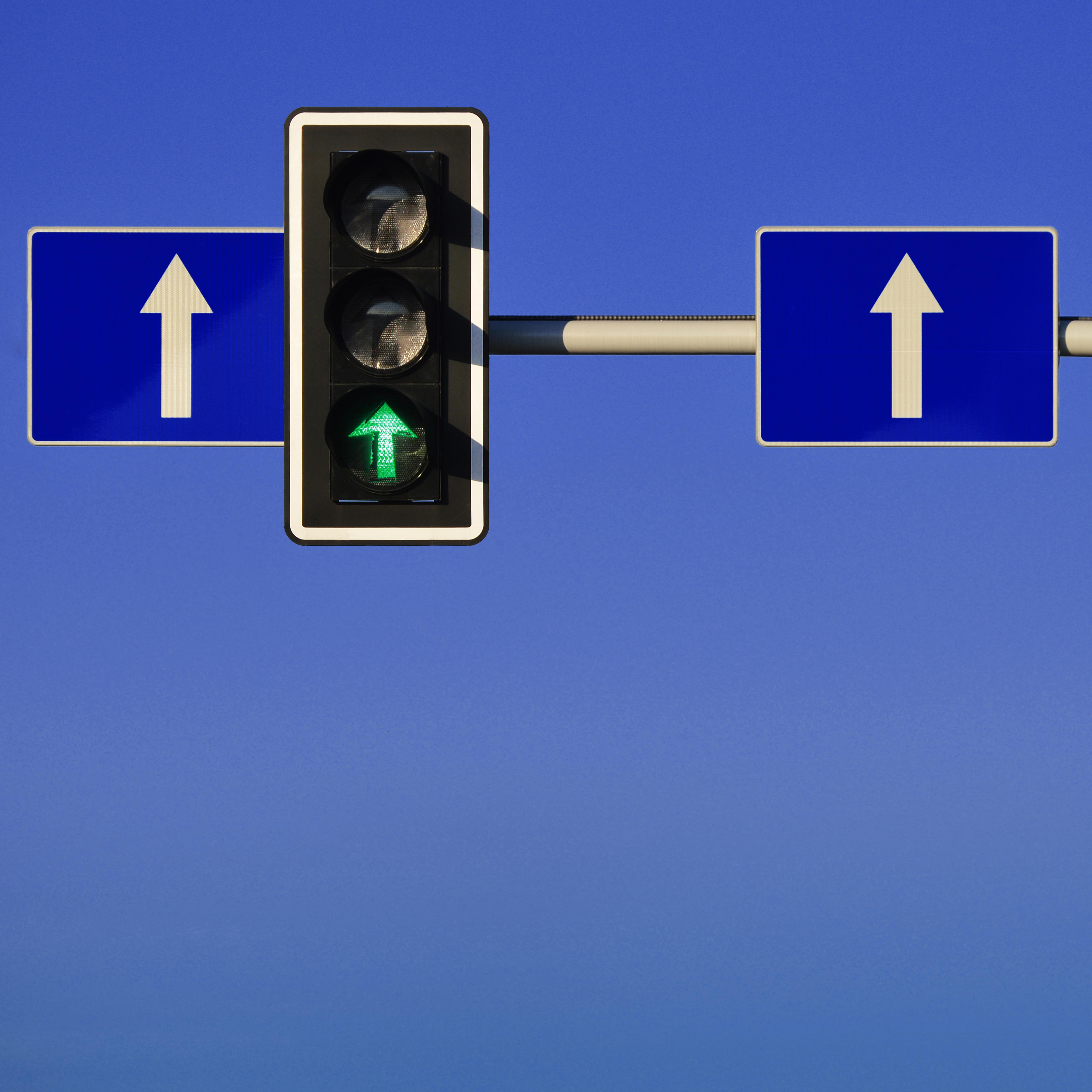 18-1003_Traffic Light_SQ